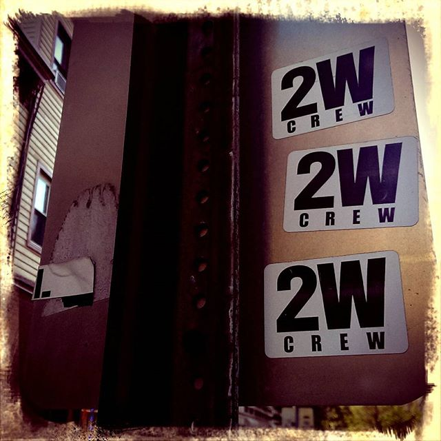 2 wives crew?