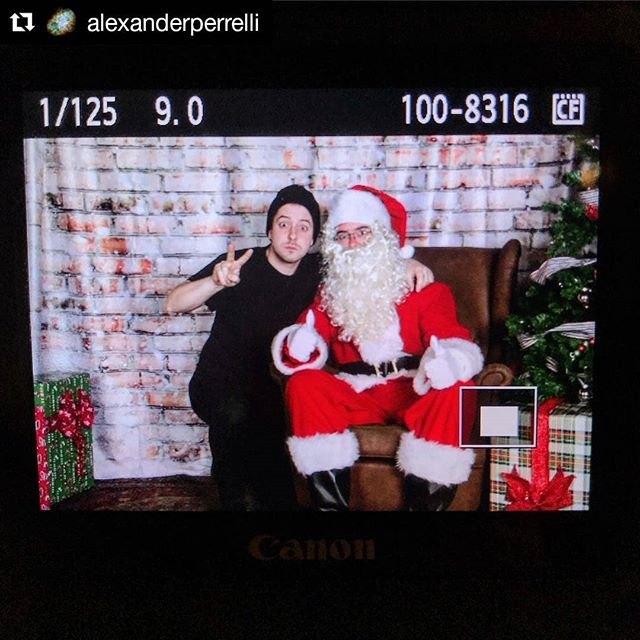 #hohoho!#Repost @alexanderperrelli (@get_repost)・・・Doing a Santa shoot today as a fundraiser for Hudson County CASA, @hudsoncasa which provides services for children in need.  Its been a really fun day! Heres a photo of me with Santa @surfingonmars