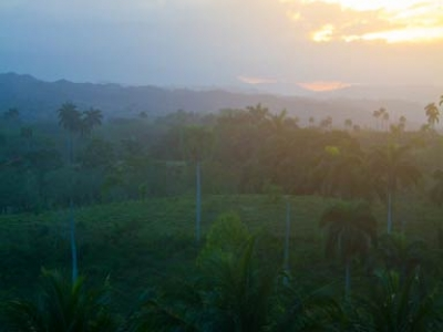 adam_gallagher_cabarete_blue-moon_sunset_img_3439